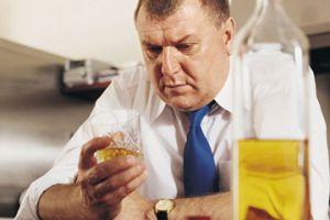 Возможно ли лечение алкоголизма на дому?